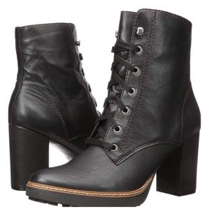 NWOT Naturalizer Callie Lace Up Bootie